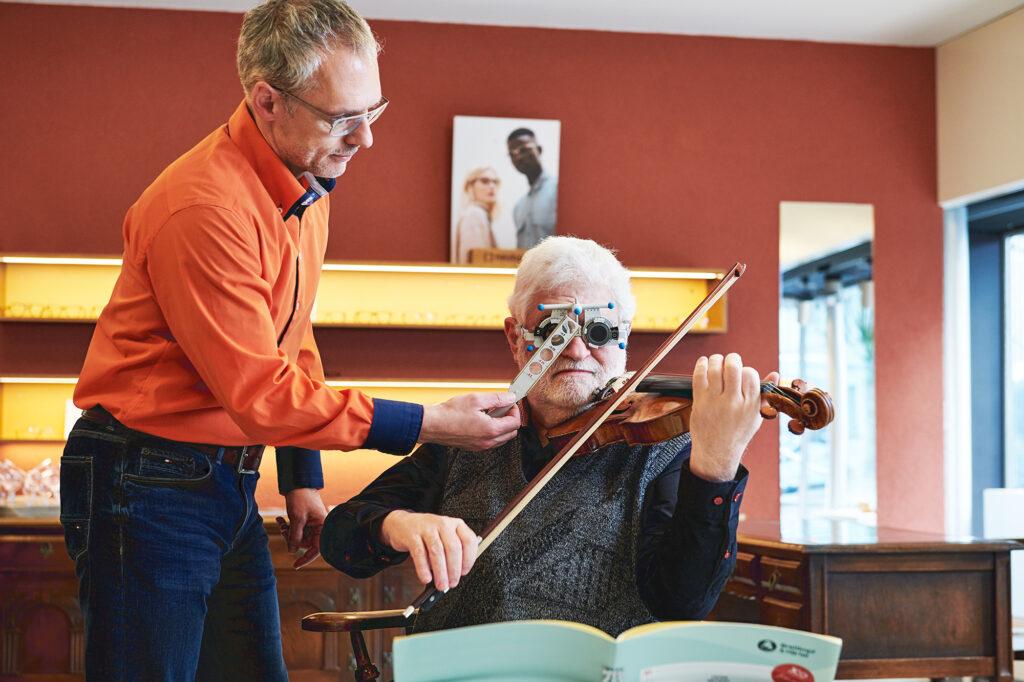 Musikbrillen bei Brillenbühne - besser sehen besser spielen - Dank Ihrem Optiker in Köniz
